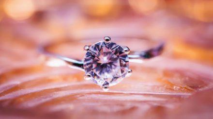 鑽石等級怎決定?請看鑽石4C來判定